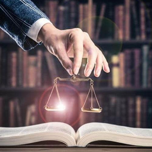 弁護士の役割